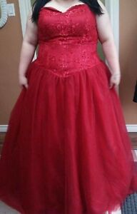 PLUS SIZE RED PROM DRESS