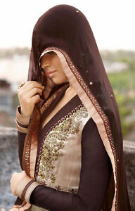 Elegant readymade Women's anarkalis - Indian clothing Kitchener / Waterloo Kitchener Area image 4