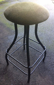 "2 - 32"" bar stools, metal (powder coated)"