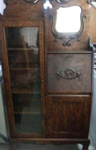 Antique secretarian
