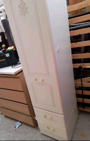 Single door wardrobe or cupboard. Good condition. Delivery available