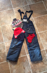 Kids size 4/5 navy snow pants and accessories