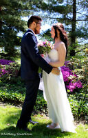 Wedding Photographer!! *Great Prices, Great Work*