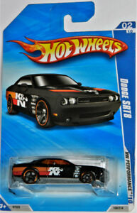 Hot Wheels 1/64 Dodge Challenger SRT8 Diecast Car