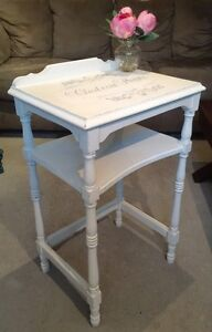 Solid wood side table bois solide