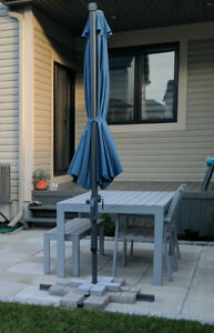 Outdoor Dinning set + Patio Umbrella