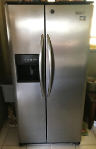 Fridge for sale for $400 / good condition!