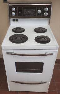 "Kenmore Mark 3 ~  24"" Apartment Condo Sized Electric Stove"