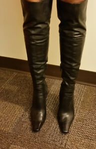 NINE WEST LEATHER OVER KNEE BOOTS