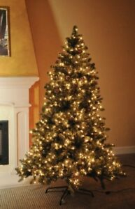 Christmas 6.5ft tree ONLY $45 -FREE Decor BUY NOW excellent deal