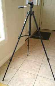Quality Ambico Video and Camera Tripod with Screw on Adapter