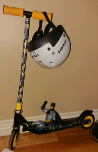 "Batman Scooter 30"" x 24"" with Helmet"
