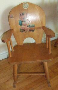 Vintage childrens wood rocking chair West Island Greater Montréal image 2