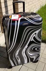 """New, 28"""" American Tourister Hardside Spinner Luggage"""