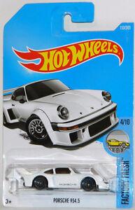 Hot Wheels 1/64 Porsche 934.5 Diecast Car