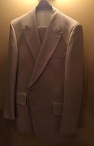 Suit Mens Three piece Beige 48R OBO