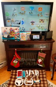 Wii U Console 32gb + NEW Charging Station + Accessories + Games
