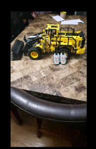 Lego technic loader
