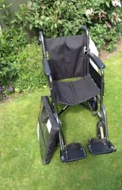 Folding wheelchair (without rear tyres)