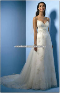 Alfred Angelo - new, never worn - style 2000 wedding dress