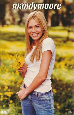 LOT OF 2 POSTERS : MUSIC : MANDY MOORE - T-SHIRT -  FREE SHIP   #3481     LP32 E