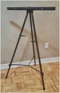 Boone 3561 Basic Easel for use in office or home.