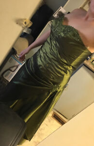 Formal rich green dress