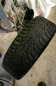 Hancook winter tires with rims 215/60R16