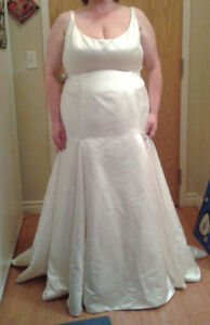 Wedding dress -- Total package for some lucky bride London Ontario image 1