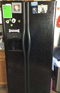 Fridgidaire side by side refrigerator