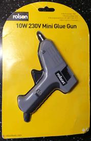 Rolson Mini Glue Gun with 3 glue sticks 10W 230Volts