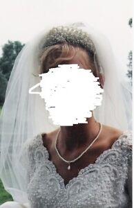 Stunning Bridal Original Wedding Dress-Vail & Head piece Sarnia Sarnia Area image 4