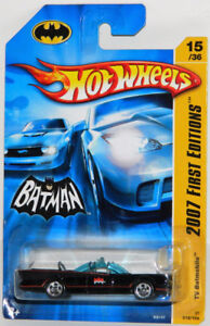Hot Wheels 1/64 '66 TV Series Batmobile Diecast Car