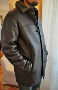 Men's Danier Insulated Leather Coat size Medium