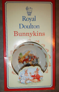 Royal Doulton Bunnykins Fire Engine 2 piece set, new in box