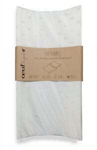 Oeuf Pure and Simple Eco-Friendly Contoured Changing Pad