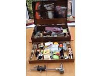 LARGE FLY TYING KIT IN WOODEN BOX