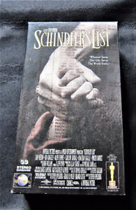 Schindlers List (VHS, 1997, 2-Tape Set) Pre-owned