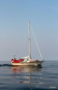 Mirage 33 Sailboat