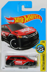 Hot Wheels 1/64 Honda Odyssey Minivan Diecast Car