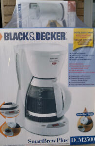 NEW PRICE!!! Coffee Maker and Coffee Grinder