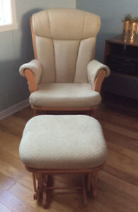 BEAUTIFUL DUTAILIER GLIDER/ROCKING CHAIR WITH MATCHING OTTOMAN