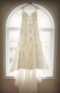 Wedding Dress-Alfred Angelo Style 2440  actual size 12