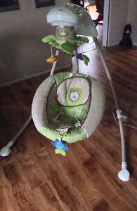 Rainforest Friends Deluxe Cradle n Swing