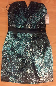Guess Dress size 4 New with tags on it