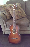 Art & Lutherie Acoustic Guitar with Gig Bag