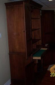 Durham cabinet armoir