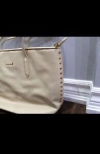 Brand New Charles and Keith Bag Windsor Region Ontario image 1