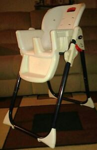 Fisher price high chair London Ontario image 4