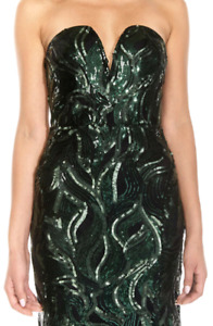 BNWT EMBELLISHED FORMAL GOWN